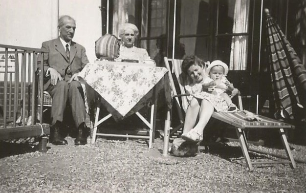 zomer 1942 - met tante To